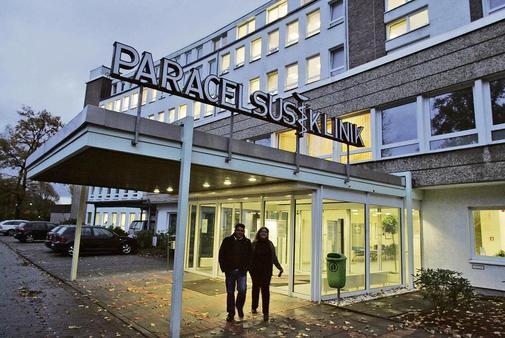 Paracelsus-Klinik-entbindet-Hebammen_ArtikelQuer